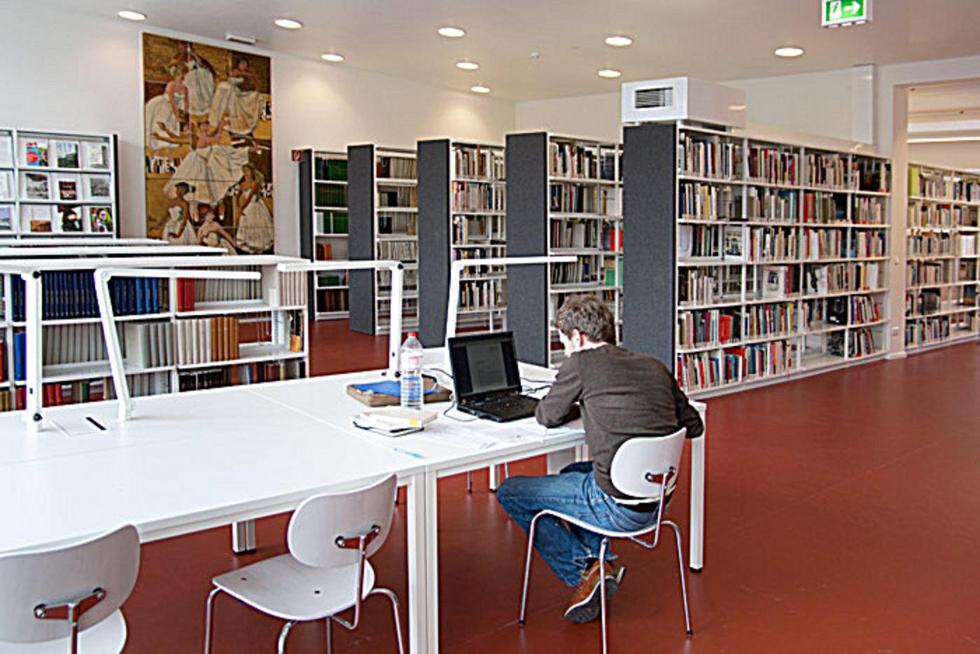Bibliothek Stiftung Bauhaus Dessau Bauhaus Dessau Foundation