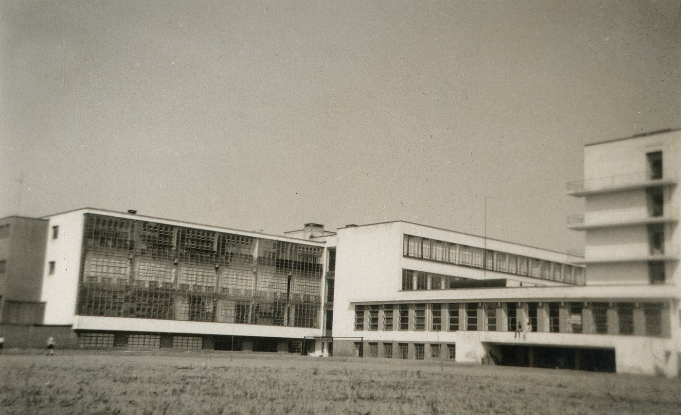 The bauhaus dessau bauhaus dessau stiftung bauhaus for Architecture bauhaus