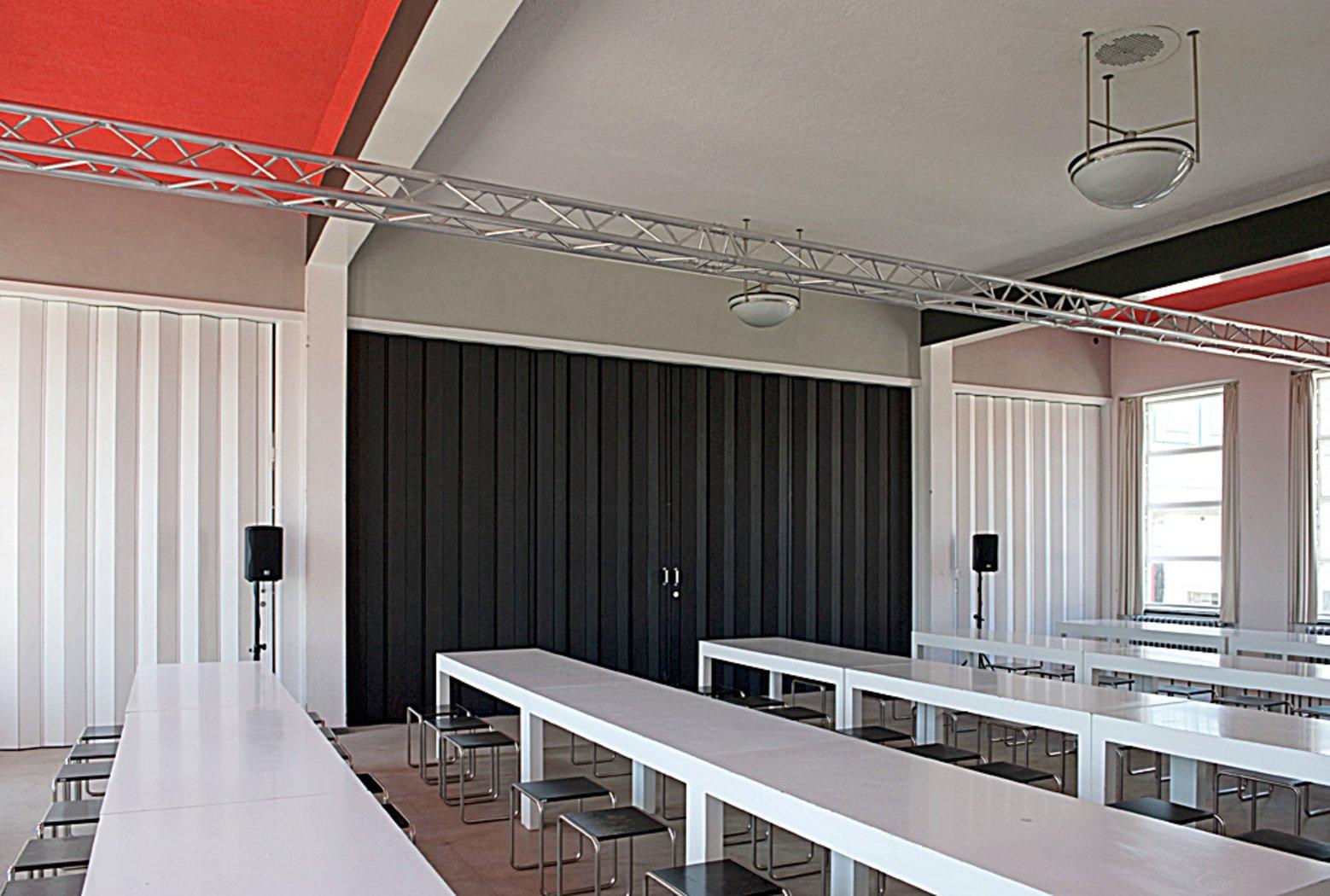 bauhausmensa essen an historischem ort gastronomie stiftung bauhaus dessau bauhaus. Black Bedroom Furniture Sets. Home Design Ideas