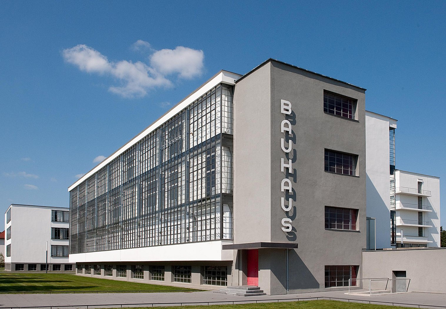 Bauhaus Merkmale das bauhausgebäude walter gropius 1925 26 bauhausgebäude