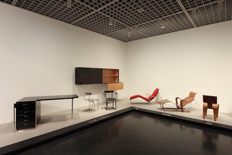 improvement for good marcel breuer s furniture ausstellungen international stiftung. Black Bedroom Furniture Sets. Home Design Ideas