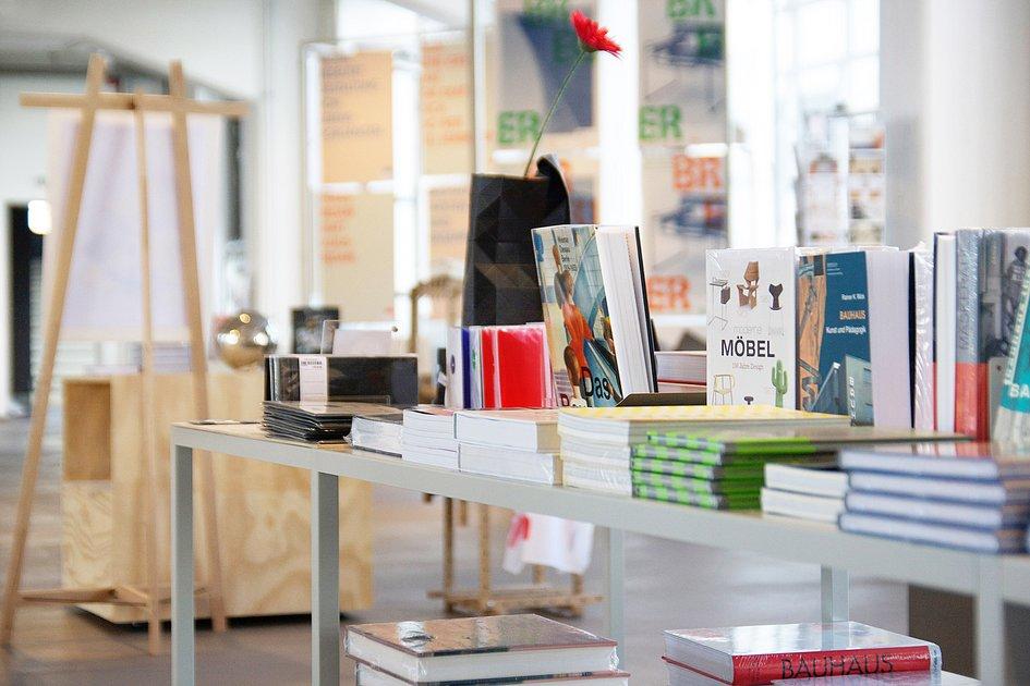 the design shop in the bauhaus dessau shop stiftung