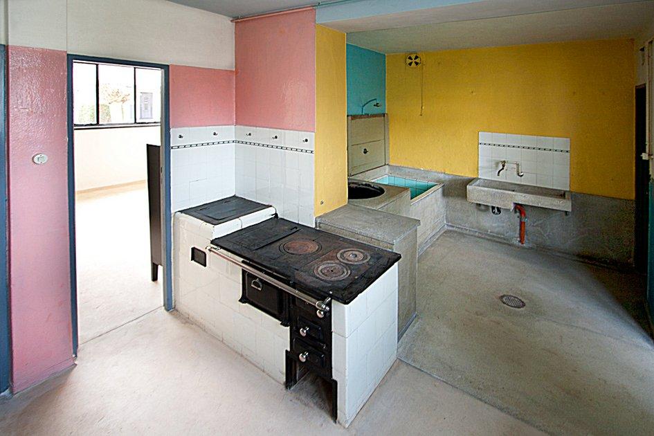 Haus anton in der siedlung t rten neuer ffnung des for Wandfarben innen