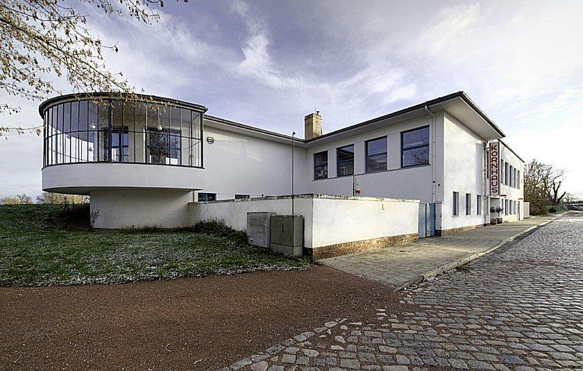 kornhaus von carl fieger 1929 30 bauhausbauten stiftung bauhaus dessau bauhaus dessau. Black Bedroom Furniture Sets. Home Design Ideas
