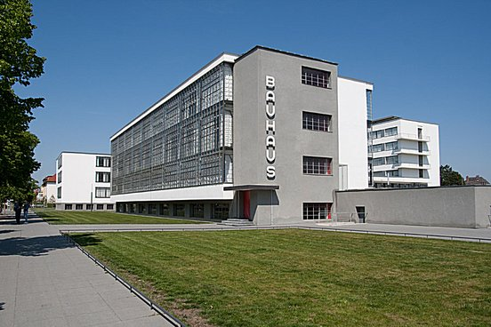 The bauhaus building by walter gropius 1925 26 school for Architecture bauhaus